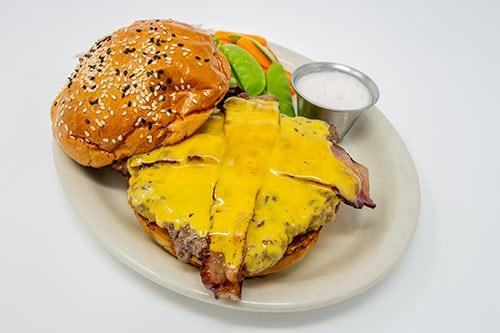 burgers bacon cheeseburger