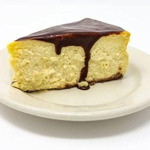 wooglins desserts cheesecake slice