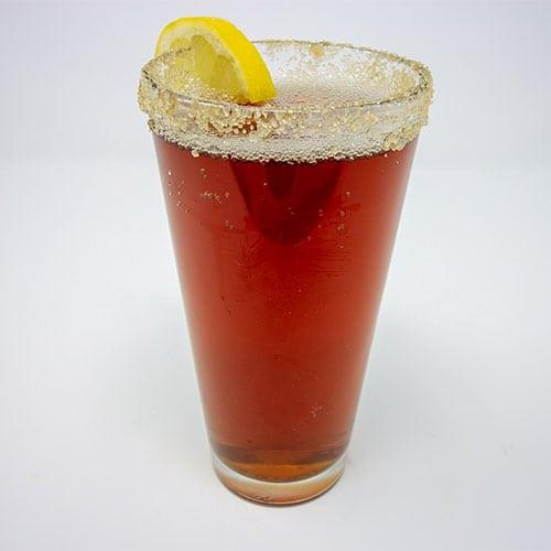 drinks iced tea