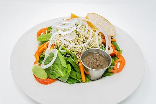 salads spinach garden salad